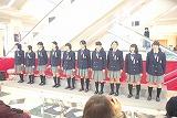 合唱部が立川高島屋さんのクリスマスコンサートに出演しました。