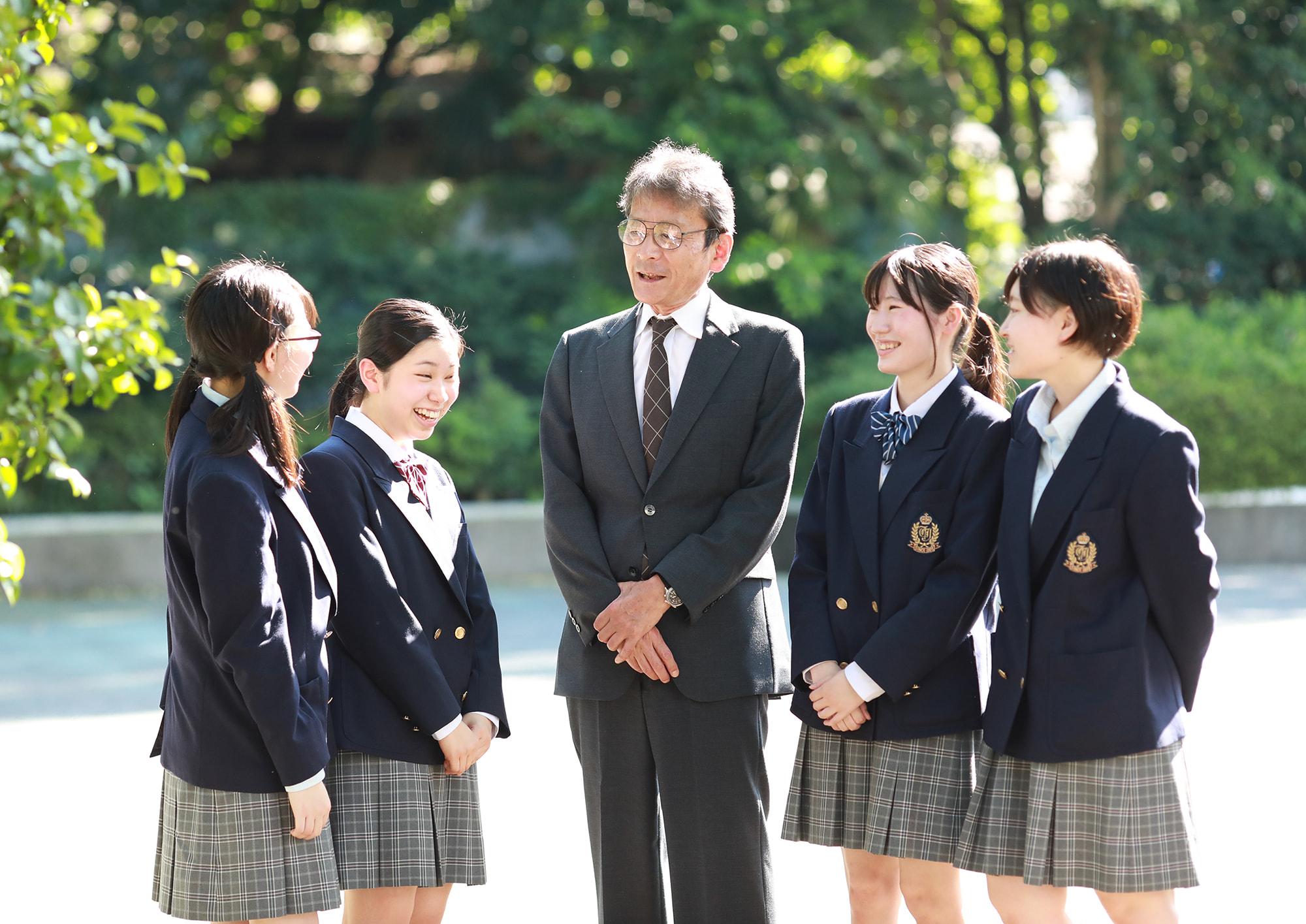 立川女子高等学校 イメージ1枚目